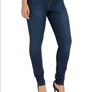 Gloria Vanderbilt Comfort Fit Jeans - NWOT
